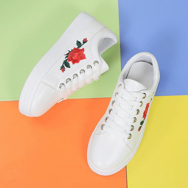 2017 Impressão Trepadeiras Mocassins Plataforma Lace-Up Sapatos Mulher Flores Sólidos Casual Mulheres Flats Shoes Tamanho 36-40