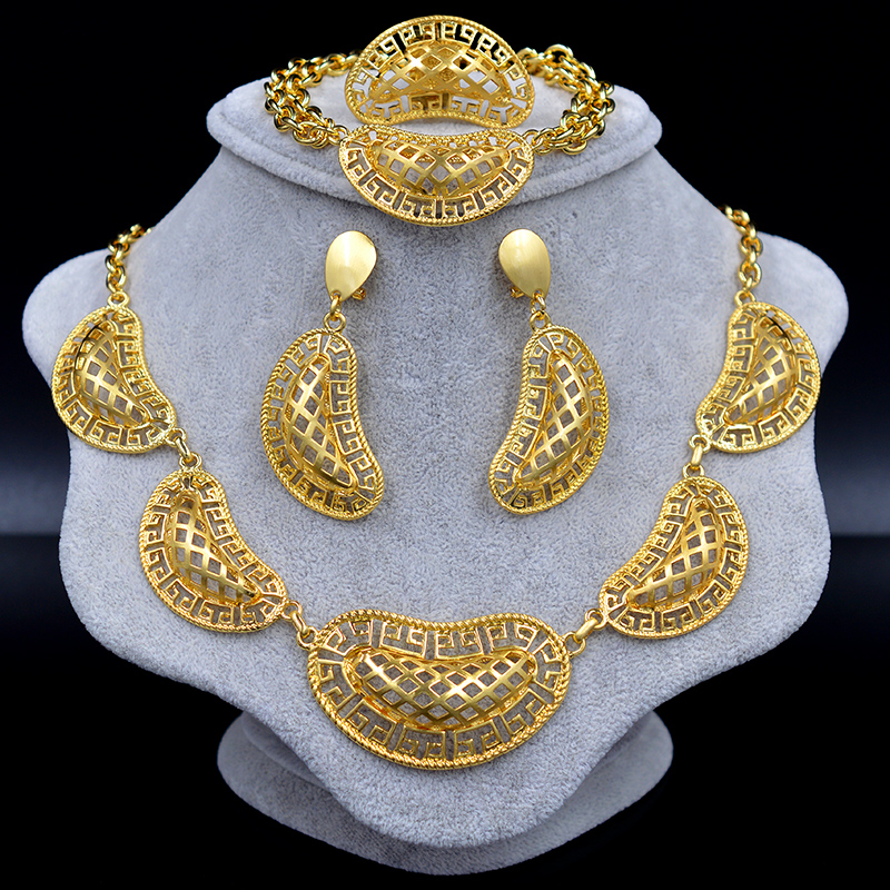 Sunny Jewelry Dubai Jewelry Sets Choker For Women Accessories Flower Hollow Out Bridal Wedding Necklace Earrings Ring Bracelet punk style pure color hollow out ring for women