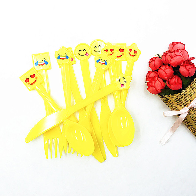 30pcs Lot Smile Emoji Party Favors Plastic Knives Forks Spoons Kids Birthday