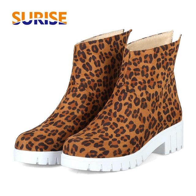 Leopard из флока женские ботильоны на платформе 4,5 см толстом квадратном блок средний каблук зимние плюшевые Повседневное круглый носок на молнии полусапожки