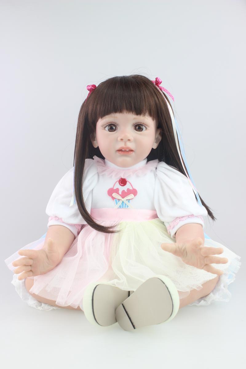 60 см Реалистичного маленькая милый ребенок возрождается куклы длинные волосы девушка ткани тела силиконовые конечностей малыша Моделиров