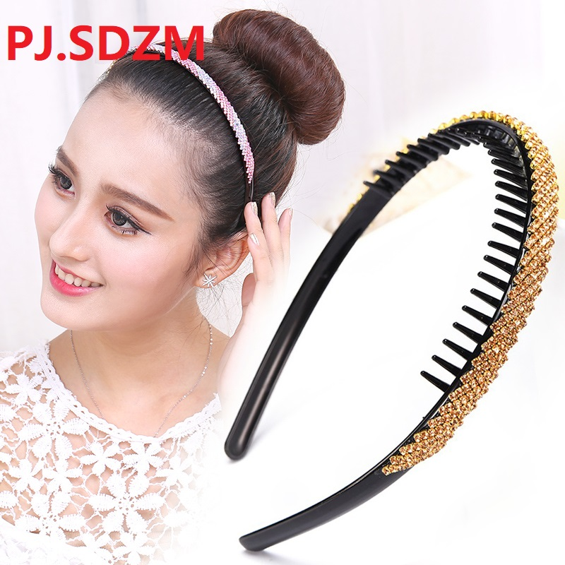 Corea del Tutto Partita Hairband Sparkiling Strass Torsione Dei Capelli Delle Donne Accessori Dente Antiscivolo a Prova di Ragazza Hairwear Fascia Semplice