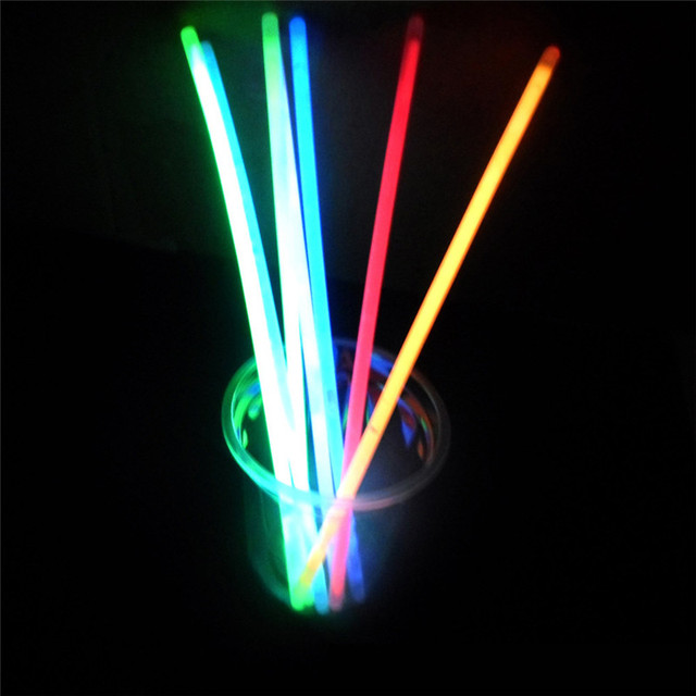 100pcs Premium Glow Sticks Bracelets Neon Light Glowing Party Favors Rally Raves Lighting Stick Variety Of