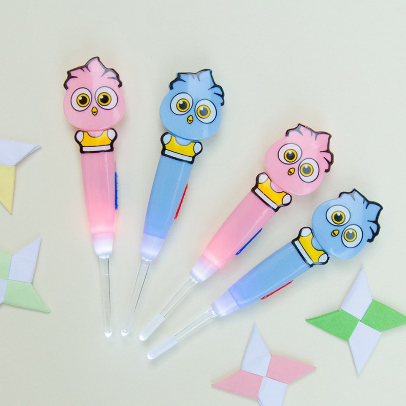 1PCS Newborn Ear Spoon Children's Cartoon Light Ear Spoon Infant Clean Ear Pick Caring Color In Random