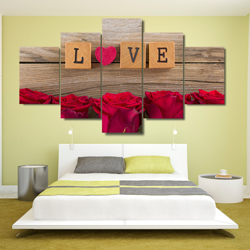 Comfortable Red Wall Decorations Gallery - The Wall Art Decorations ...