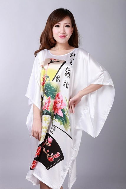 Novo chinês senhora falso Robe de seda nacional de tendências mulheres Sleepwear Kimono solto vestido Mujer Pijama Plus Size 6XL WR036