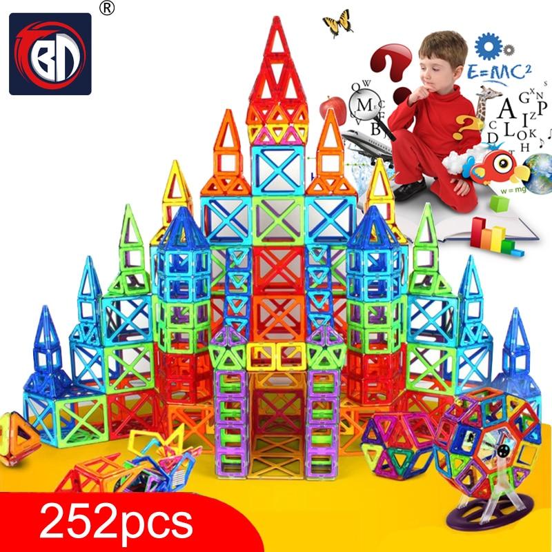 Nouveau 252 pcs Mini Designer Magnétique Jeu De Construction Modèle et Jouet de Bâtiment En Plastique Magnétique Blocs Éducatifs Jouets Pour Enfants Cadeau