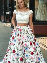 New Fashion 2019 Scoop Collar Lace Applique Prom Dresses Long Custom made Two Pieces Floral Printed Elegant Gown