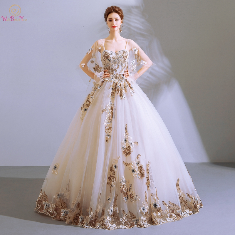 vestidos de 15 White Gold Lace Appliques Ball Gown Quinceanera Dresses debutante Cap Half Sleeves with Wrap Long Floor Length