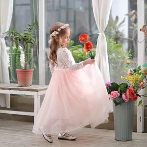 Image 2 - Toptan kız prenses elbise ayak bileği uzunluk düğün parti elbise kirpik geri beyaz dantel plaj elbise çocuk giyim E15177
