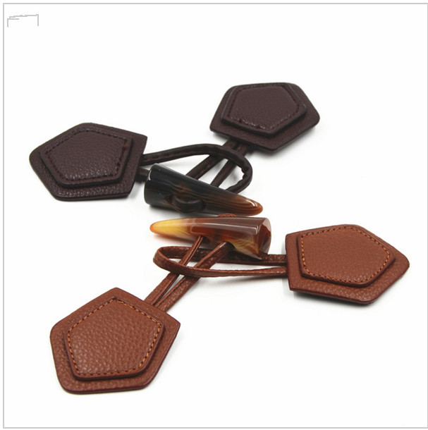 Horn Toggle Button, Duffle Coat Jacket Fasteners Toggle  With leather patch ,leather buckle