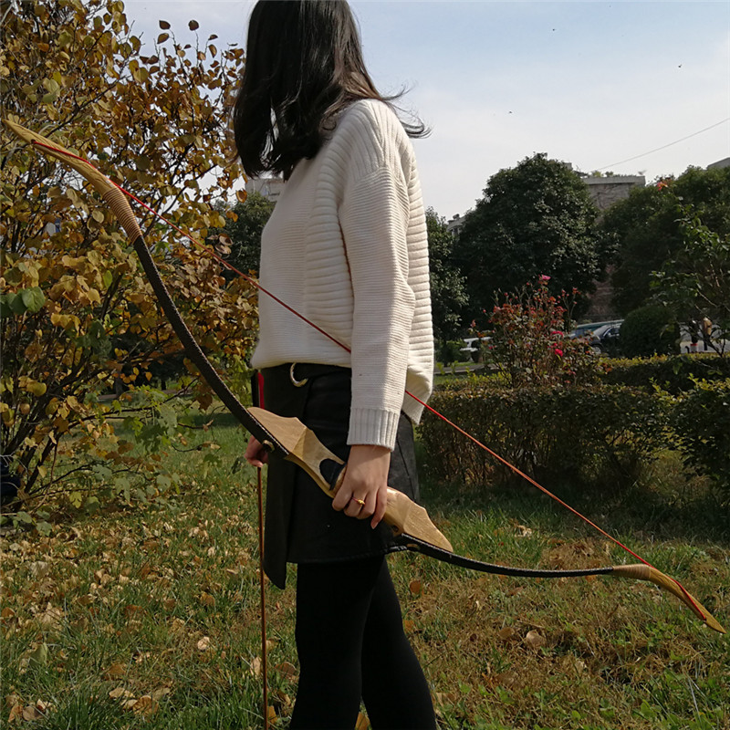 Archery Traditional Bow Chinese Handmade Hunting Bow and Arrow Takedown Recurve bow By Chinese Master Handmade Diy Wooden Bow 35lbs long bow archery hunting black color for adults archery game traditional wooden made hunting bow 1pc