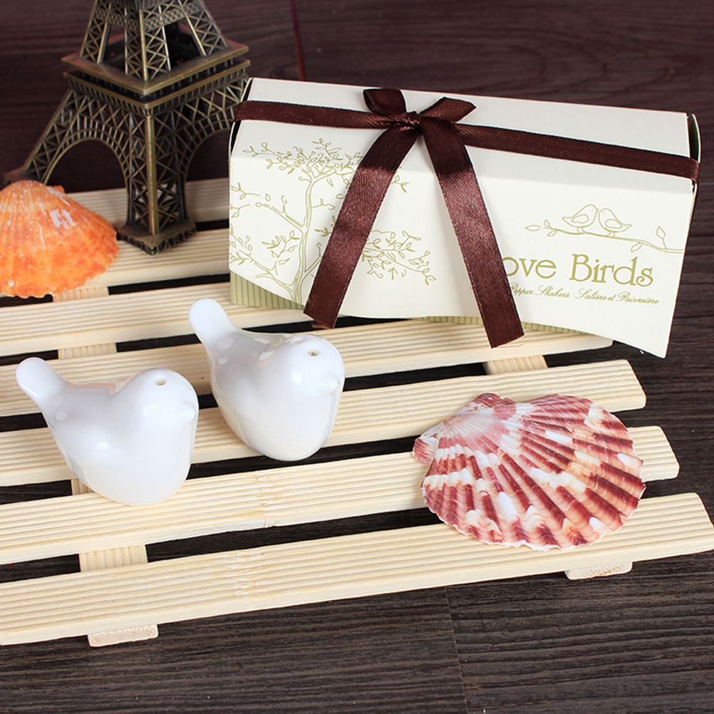 Porcelain Wedding Favors: 1 Set DIY Love Birds Ceramic Salt And Pepper Shaker