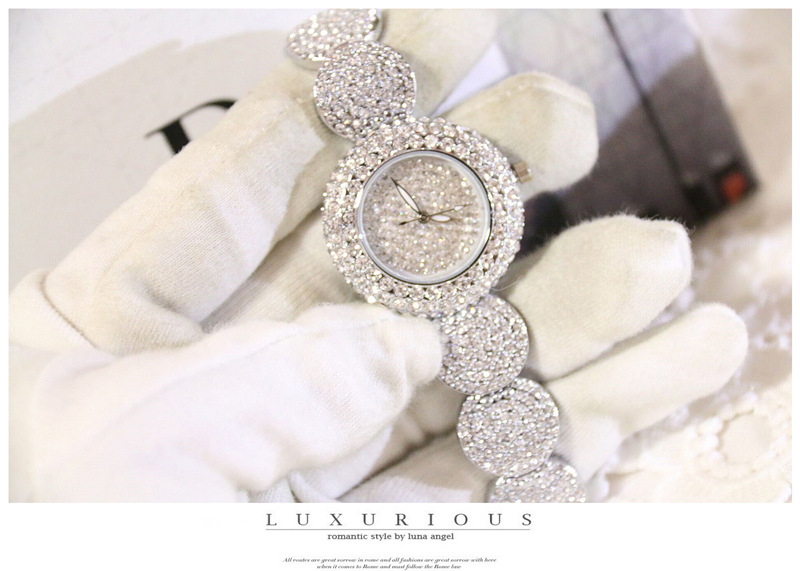 Fashion Women Watches Luxury Diamond Montre Famous Elegant Bracelet Dress Watches Ladies Wristwatch Relogios Femininos Saat