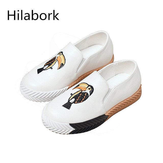 2017 new children girls wear anti-skid low to help the sports shoes boys a pedal casual shoes embroidery students board shoes