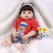 23 '' Livlig levande återfödd Bonecas handgjord Reborn Baby Doll Boy Full Body Vinyl Silikon med Pacifier och Striped kläder gåva