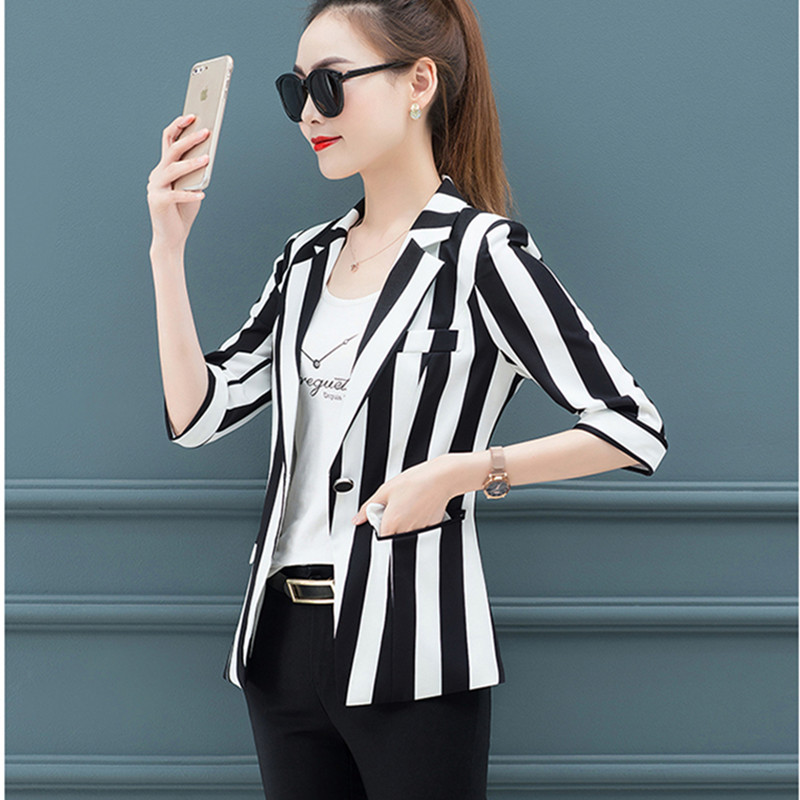 Ladies Five-point Sleeves Striped Small Suit Jacket 2019 Thin Section Spring And Autumn Single Buckle Casual Large Size Jacket