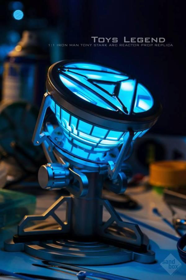 MCR Anime 1:1 échelle fer homme Arc réacteur avec lumière LED figurine jouets cadeau de noël modèle à collectionner