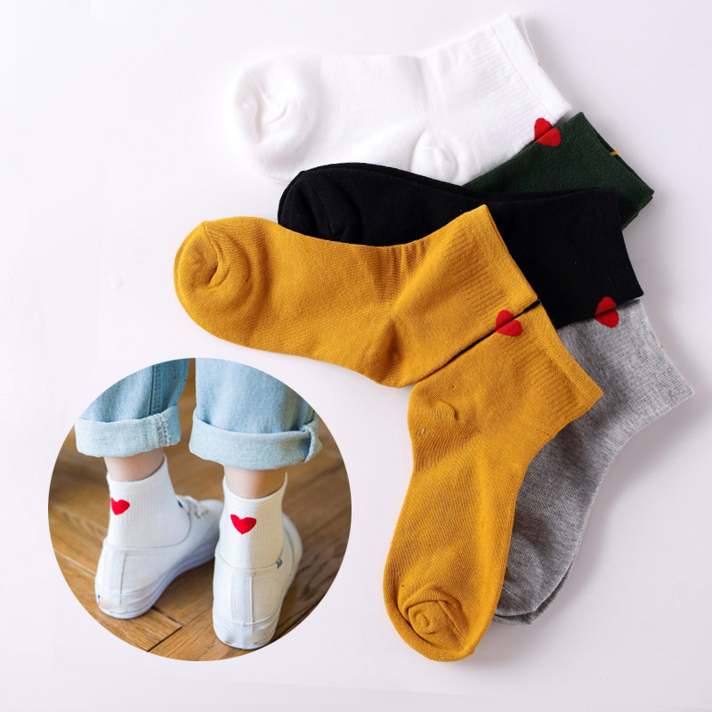 Hot Sale Spring Autumn Red Heart Love Women Cotton Socks Fashion Cute Heart Heel Harajuku Socks Girls Romantic Lovely Warm Sock