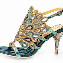 73e946599 Venda quente 2016 moda bling bling do pavão strass sandálias de salto alto  gladiador saltos grossos
