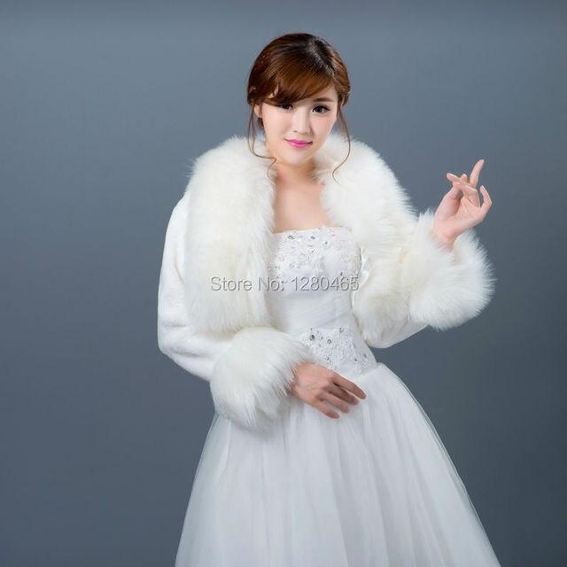 0dcbd84754c9e Beige ivoire fausse fourrure nuptiale Wrap Shrug Bolero manteau à manches  longues de mariée châle veste