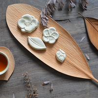 Original Handmade Leaf Dish Wooden Plate Creative Wood Plates for Fruits/Candies/Snacks Multi Use Table Decor Food Plates