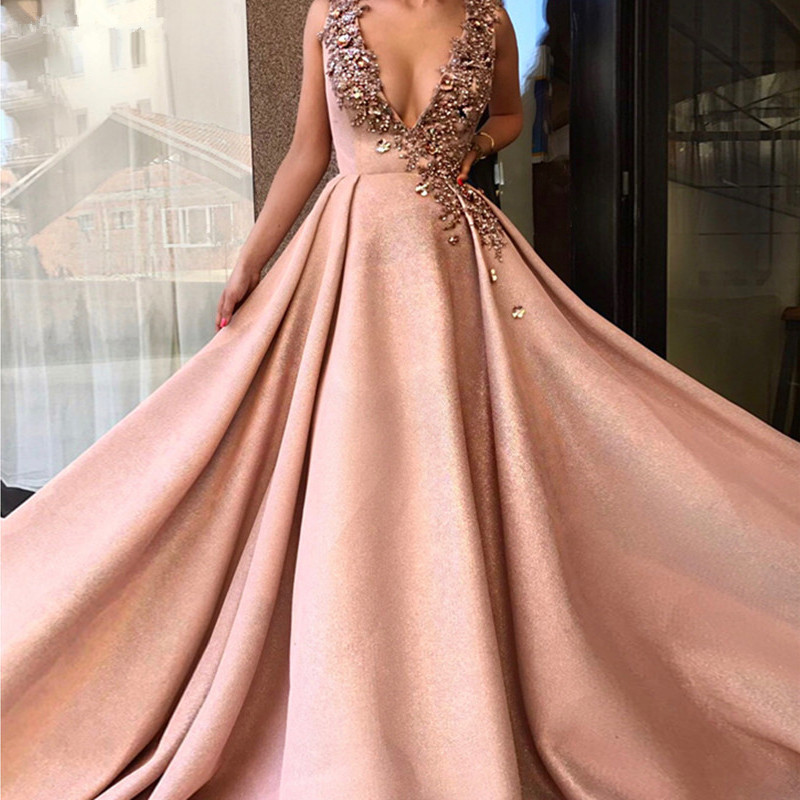 Formal Muslim   Evening     Dresses   2019 A-line V-neck Beaded Crystals Elegant Dubai Saudi Arabic Long   Evening   Gown Prom   Dress