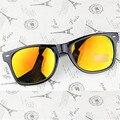 5 Colores Classic Vintage Hombres Mujeres Famosas Gafas de Sol de Hombre-Mujer Famosa Marca de Gafas de Sol UV400 Gafas de Viaje Walker