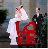 Love bride and groom wedding cake topper gfits favors wedding favor custom name for you cake topper figurines
