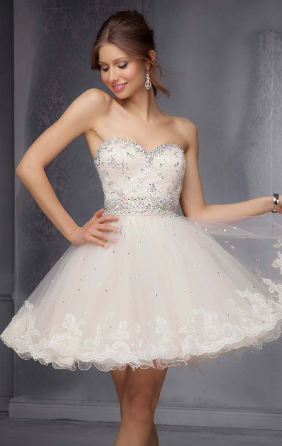 Charming Ball Above Knee Sweetheart Beaded Lace Attractive Homecoming Graduation gown 2018 Free Shipping   bridesmaid     dresses