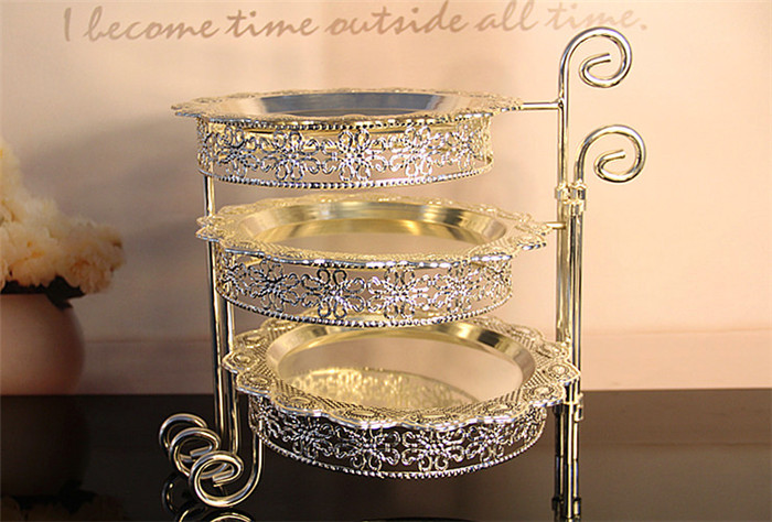 3 Tier Iron Cake Stand with 3 Dish Silvery Cupcake Holder Desserts - Kitchen, Dining and Bar - Photo 3