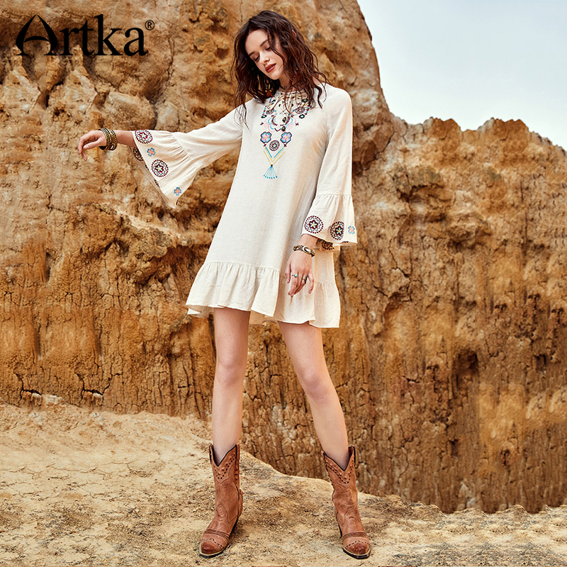 ARTKA 2018 Summer New Bohemian Women V neck Drawstring Strap Embroidered Wrist Flare Sleeves Loose Dress