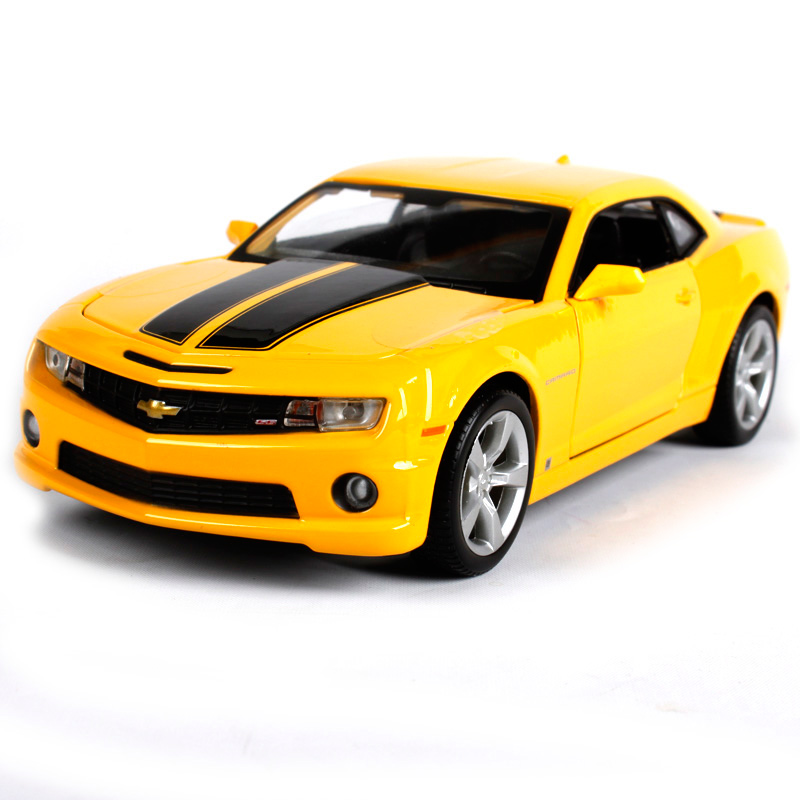 Maisto 1:24 2010 chevrolet camaro SS RS yellow car diecast racing car model for collecting cool modern motorcar diecast 31207
