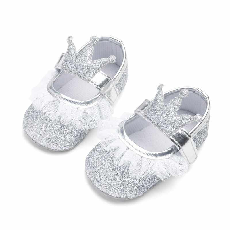 Yeni Kız Bebek Ayakkabıları Dantel PU Deri Prenses Bebek Taç Ayakkabı Ilk Yürüyüşe Yenidoğan Moccasins Kızlar Için