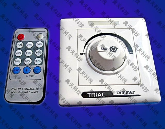 LED triac dimmable constant current driver's dimmer and IR controller;AC110/220V input;55-7*1W 0-100% dimmering;P/N:AT3290