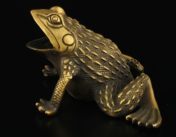 Elaborate Collectible Decorated Old Brass Handwork Frog Statue sculpture