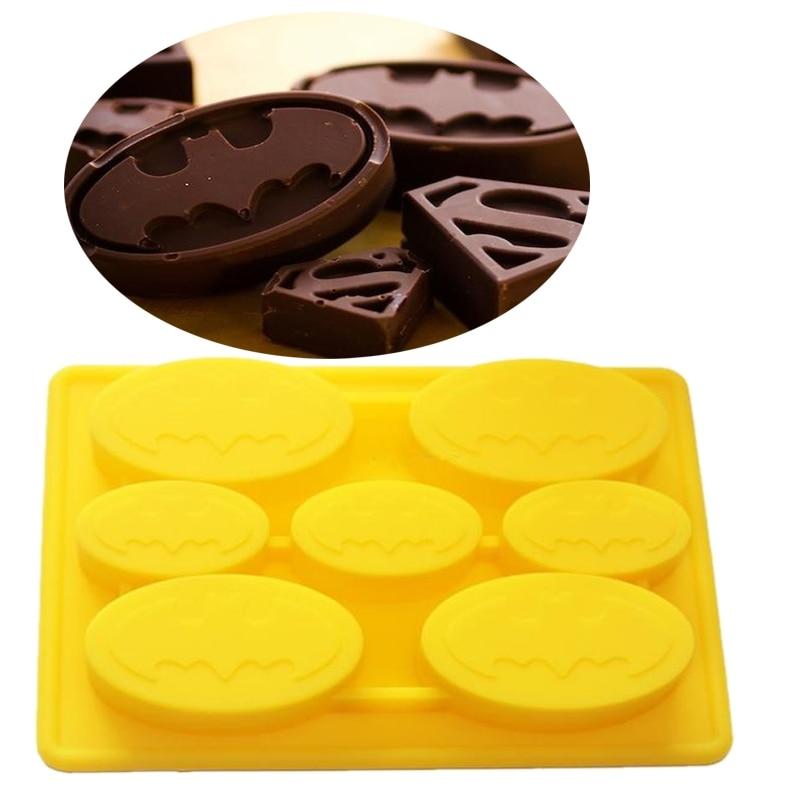 """šeimos kepimas, puošiantis 7 skylių """"Batman"""" silikoninius kepinius gimtadienio torto dizainui, """"batman"""" šokolado """"nonstick"""" pelėsių nemokamas pristatymas"""