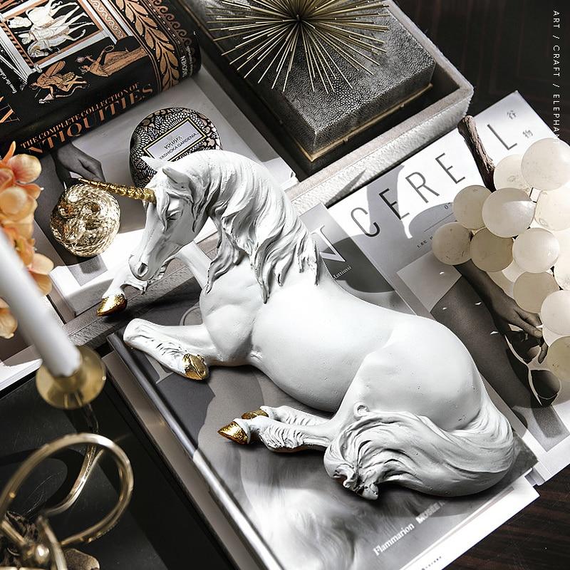 Creative Resin Cute White Unicorn Figurine Ornament Decoration Art Home Furnishing Decoration Crafts Birthday Gift