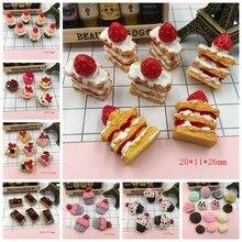 Bolo de morango de resina, adorável bolos em miniatura, cabochons de resina para decoração de telefone, artesanato que faz diy