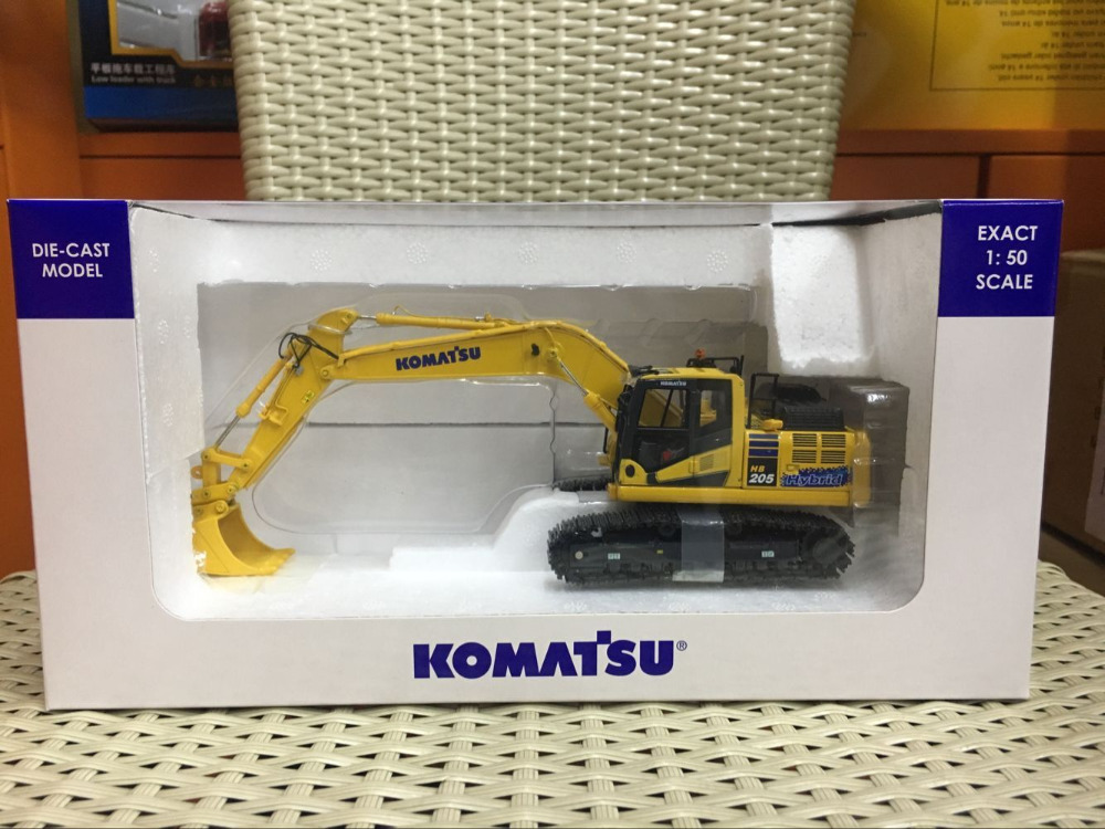 New!! Universal Hobbies UH8136 Komatsu HB205-3 Excavator Japan Version 1/50New!! Universal Hobbies UH8136 Komatsu HB205-3 Excavator Japan Version 1/50