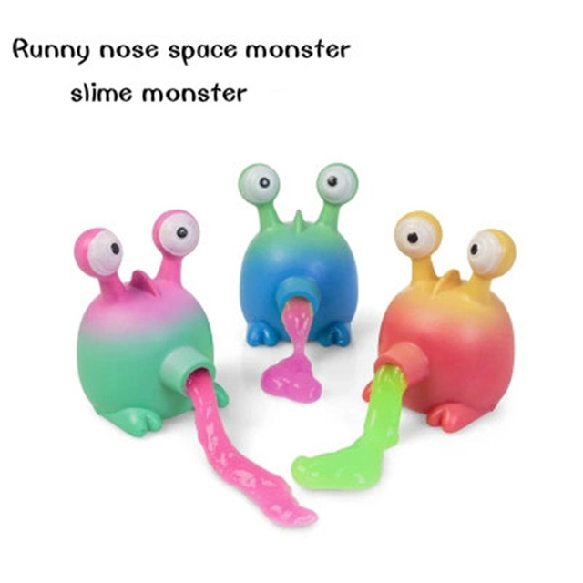 The runny nose of the space monster novelty child decompression tricks the toy to send the child friend Halloween present