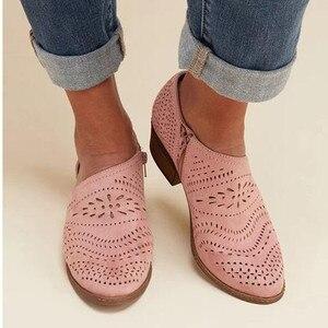 Image 3 - حذاء حريمي موضة 2020 صيفي وخريفي بكعب منخفض للنساء بوتات من الجلد الصناعي بفتحات للكاحل