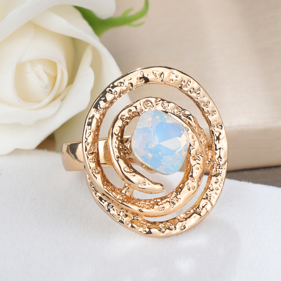 Kinel Luxury Square Opal Rings For Women Geometric Retro Look Gold Color Wedding Ring Fashion Jewelry Gift 2019 New in Rings from Jewelry Accessories