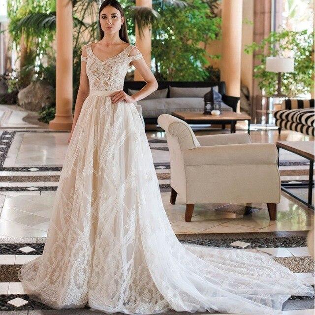 Vestidos De Novia 2019 Yeni Tasarım Şapel Tren A Line düğün elbisesi Zarif Kolsuz Dantel Aplikler Tül gelin kıyafeti