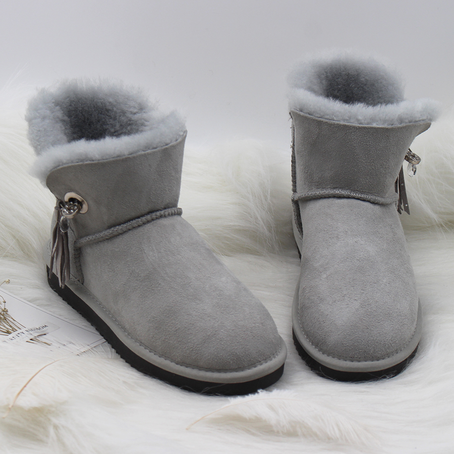 купить Hot Sale 2018 Australia Classic Women Boots 100% Genuine Sheepskin Leather Snow Boots Women Shoes Warm Natural Fur Winter Boots онлайн