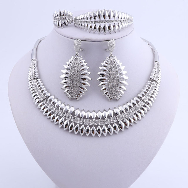 Woman Necklace Earring...