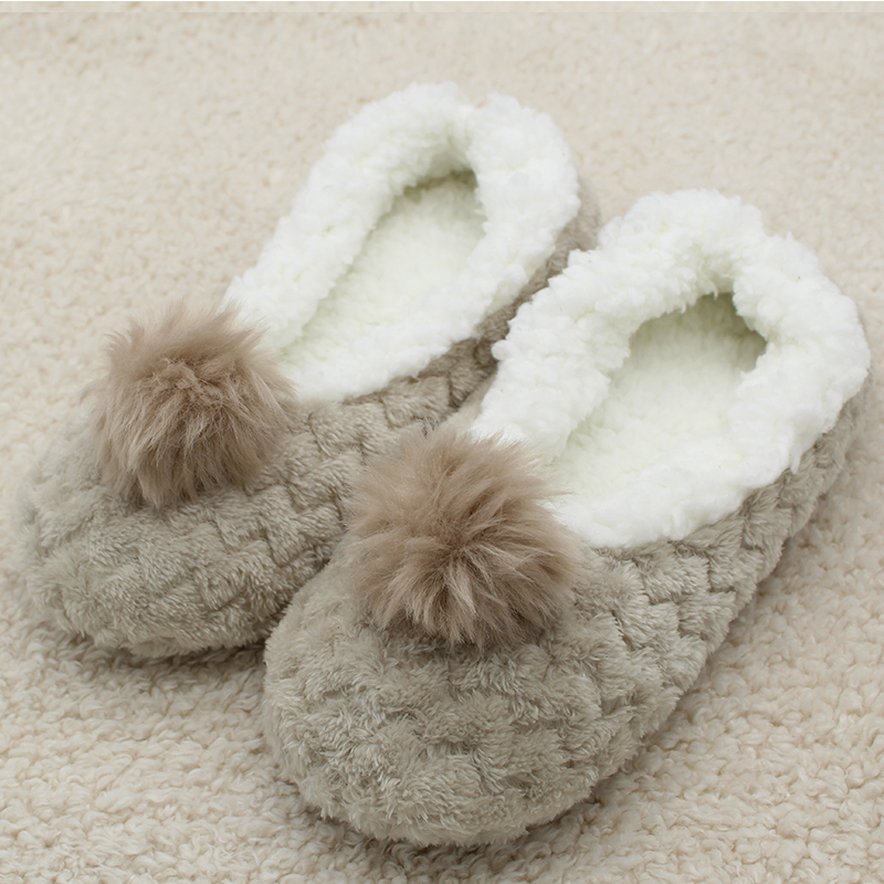 New Arrival 2018 Free Size Slippers Walking On The Carpet At Home Cotton Shoes Floor Slippers Female Home Shoes Women Slippers studies on women at mari