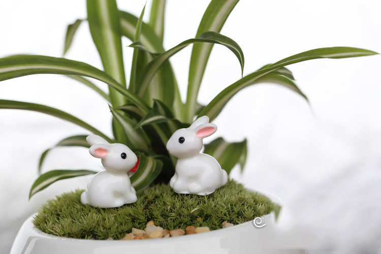 Mini Konijn Tuin Ornament Leuke Miniatuur Beeldje Plant Pot Fairy Synthetische Hars handgeschilderde Mini Animal Fairy Tuin Decor