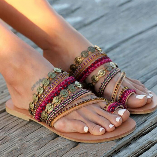 Lady's leather sandals Casual pearl shoes are A collection of handmade Bohemian flat sandals for women's shoes in size 34-41