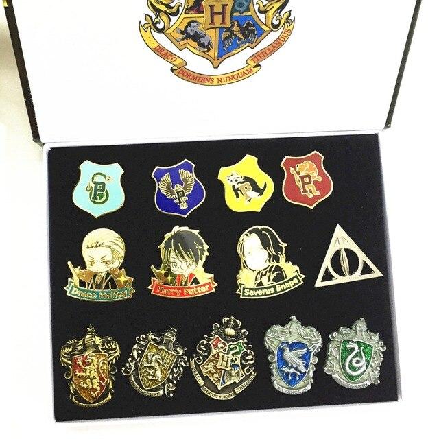 Наборы брошек С эмблемами кинофильма Гарри Поттер 3